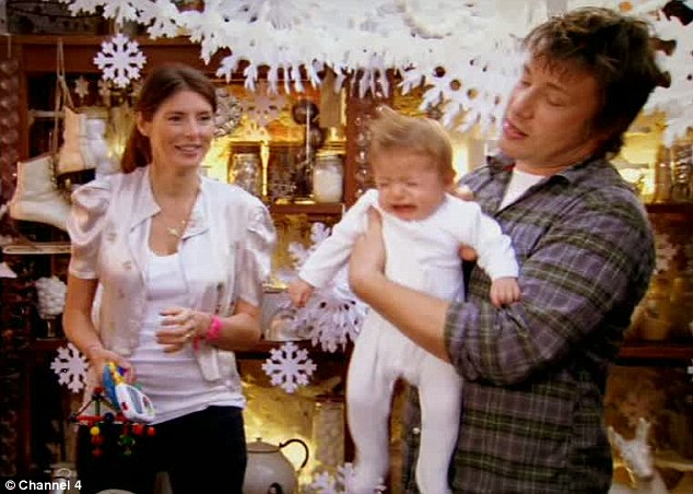 Jamie Oliver Christmas With Bells On Chef Whips Up