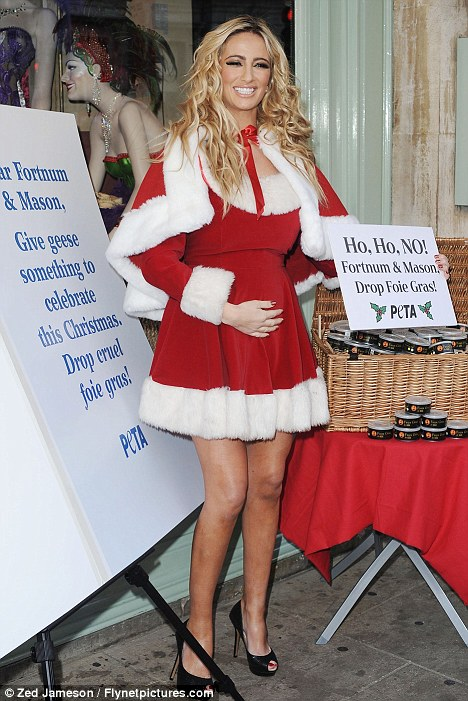 Pregnant Chantelle Houghton Is A Sexy Santa At Festive
