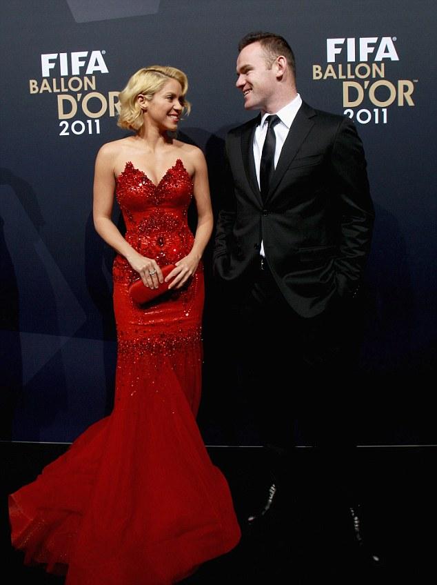 Shakira charms Wayne Rooney, Sepp Blatter & King Pele at Balon d\'Or ...