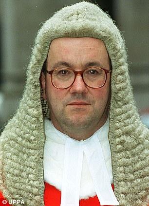 El juez Mitting