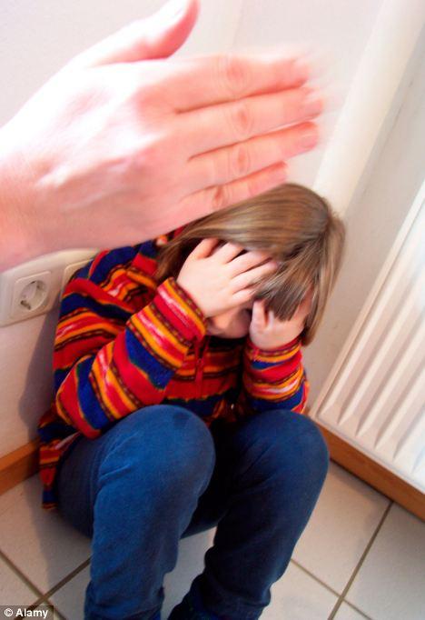 Agresión: Los niños cuyos padres son violentos, crítica o enviar señales confusas sobre dónde se encuentran las fronteras son dos veces más propensos a ser agresivos o perturbadores.  (Foto archivo)