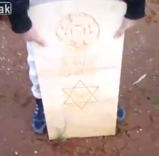 Religiosa odio: Fanáticos atacan una lápida judía