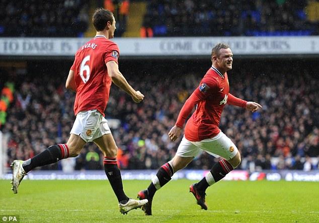 Rooney celebrando un gol contra Tottenham