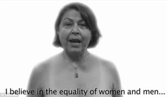 Demostración de fuerza: El video ha sido producido para apoyar a un calendario de desnudos, que ha sido lanzado para conmemorar el Día Internacional de la Mujer