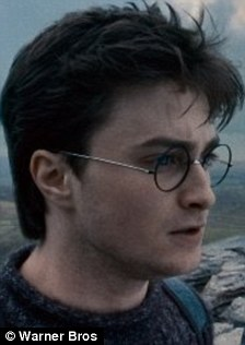 daniel radcliffe channels his inner geek for new role as beat poet allen ginsberg daily mail