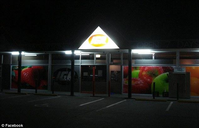 Haunted: Un australiano tienda de comestibles IGA afirma que imágenes de vigilancia ha capturado un fantasma en su tienda