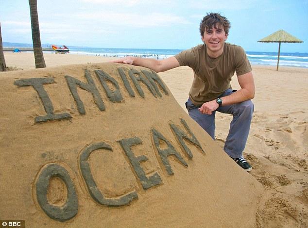 Apresentador: Simon Reeve visita as Seychelles no episódio do próximo domingo do Oceano Índico na BBC2