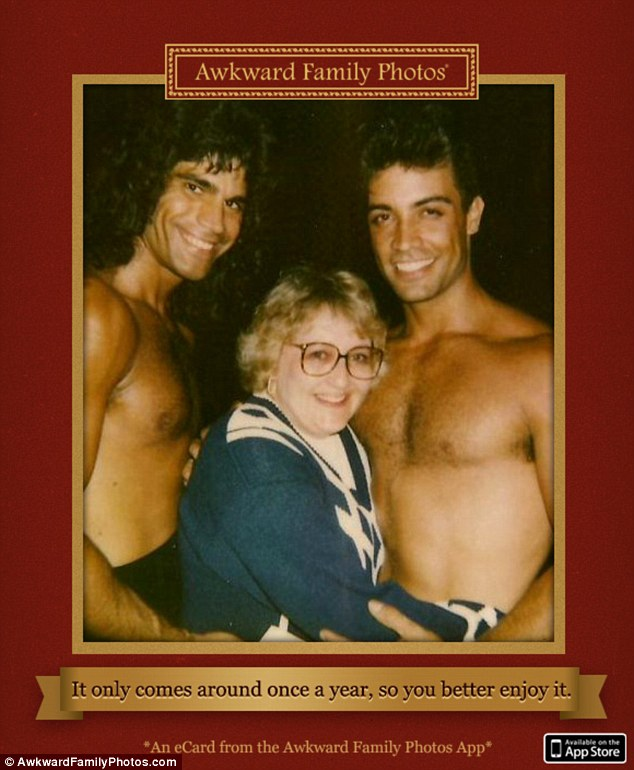 Awkward Family Photos And You Thought YOUR Mom Was