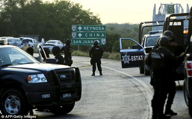 The bodies were found at around 4am on Sunday on a road between the cities of Monterrey and Reynosa, Mexico (in the border with the USA)
