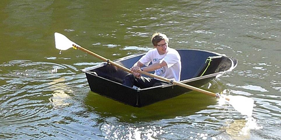 تركيب القارب و الاستمتاع بالرحلة