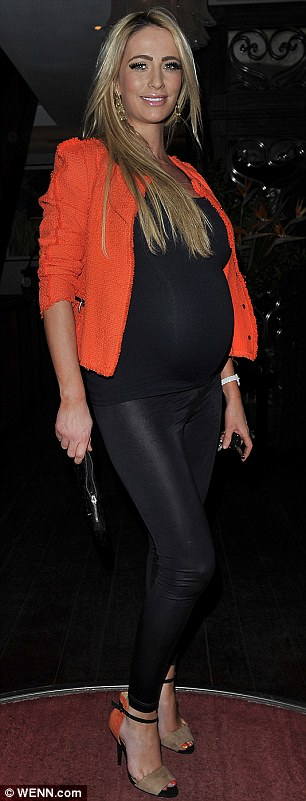 Was Alex Reid's cross-dressing the reason that pregnant ...
