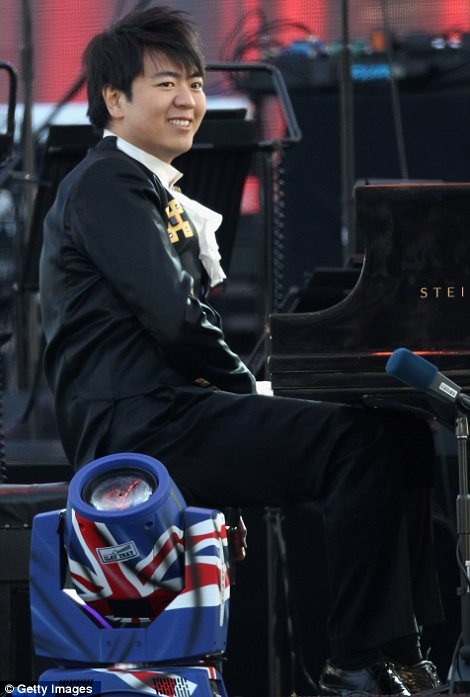 Mixed music: Lang Lang took to the piano