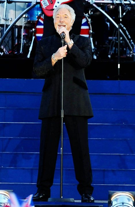 What talent on stage: Tom Jones and Annie Lennox performed some of their best hits