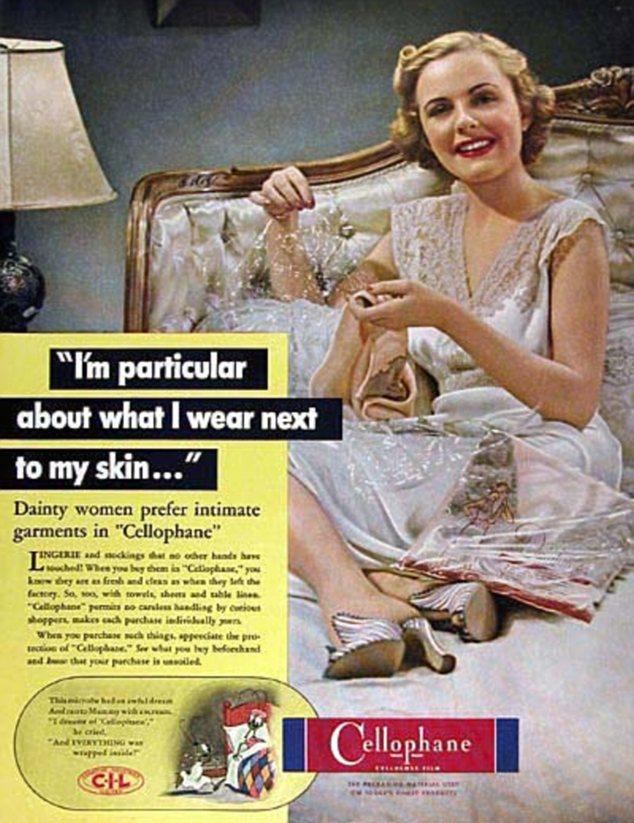 Versátil: Pero, ¿quién sabía que la ropa interior era uno de los usos a los que se podrían poner papel de celofán?
