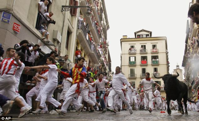 Running Of The Bulls Brits Describe Moment They Were