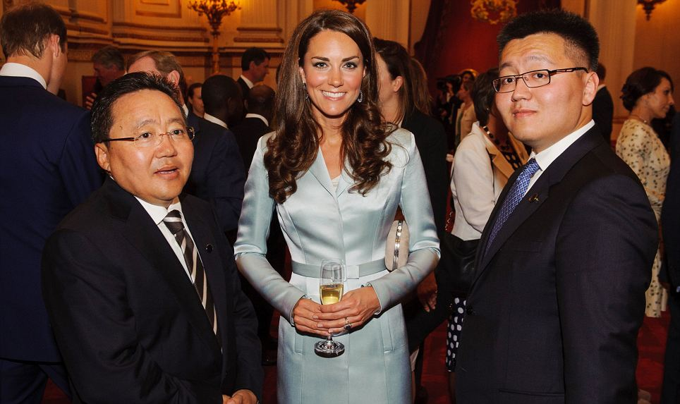 The Duchess of Cambridge poses with President of Mongolia Elbegdorj Tsakhia