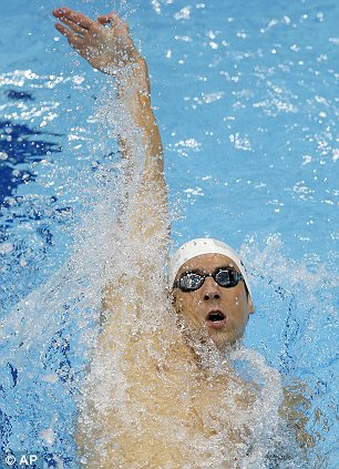 London Olympics: Michael Phelps preps for 100m butterfly ...