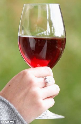 Recommended: Drinking red wine in old age could improve brittle bones