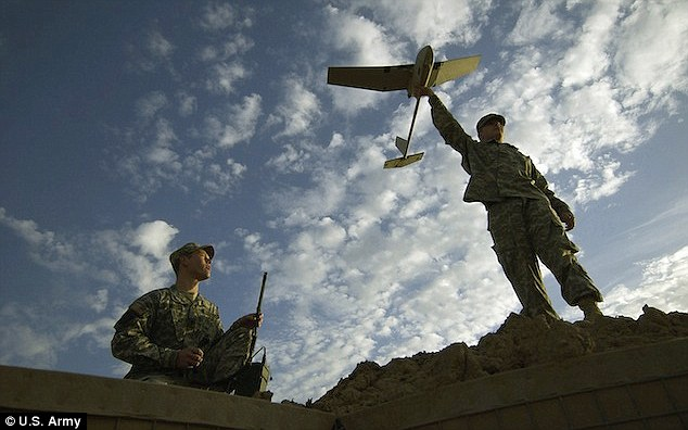 Like this, but smaller: The Army¿s existing Raven drone is on the small side - but the military is seeking a smaller version by 2016