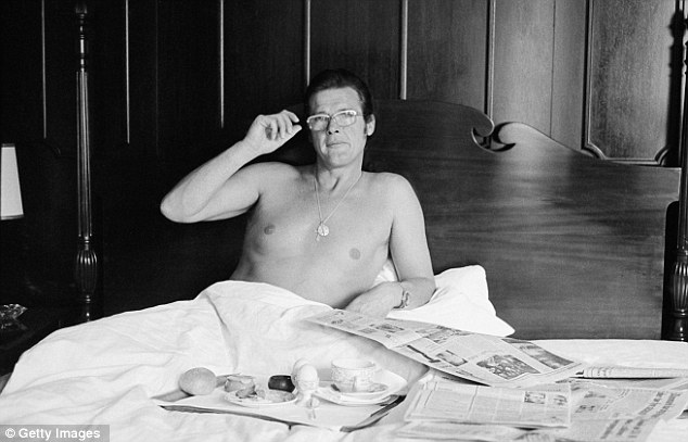 Loverman: The English actor takes breakfast in bed circa 1973
