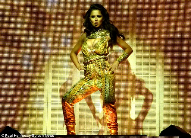 Rave reviews: Just moments after her performance many of Cheryl's fans took to Twitter to express their delight and praised her highly