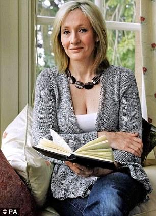 Modelo: Millionaire JK Rowling é visto como um modelo mais positivo do que bem conhecida feminista Germaine Greer