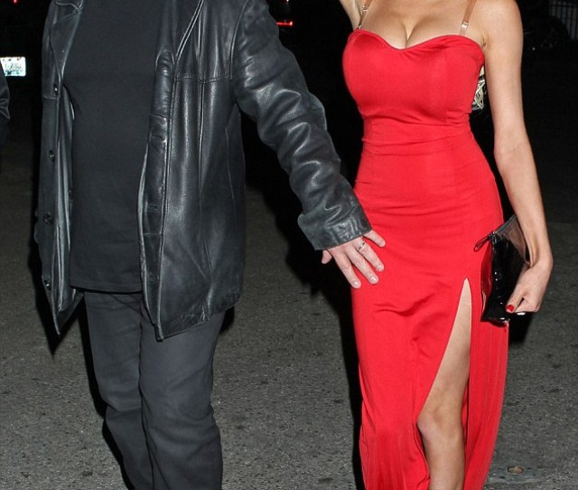 Painting The Town Red Courtney Stodden Slipped On A Racy Red Dress For At An