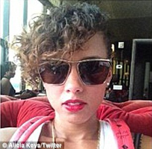 Alicia Keys Im Not Angry Any More Daily Mail Online