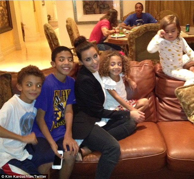 'The Pippen gang!' Kim joked that nephew Mason looked sleepy in this Twitter snap with the Pippen kids