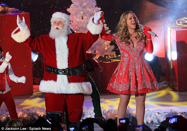 Nevermind the cold: Mariah donned the short frock despite temperatures plummeting into the 30s