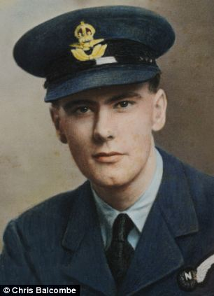 Patrick Moore, age 18 or 19, after joining the Royal Air Force. Note the longish, tapering face typical of the mutable rising signs.