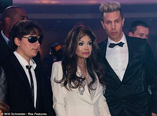 Hold on, where are we? La Toya and Prince look slightly confused, perhaps down to jet lag