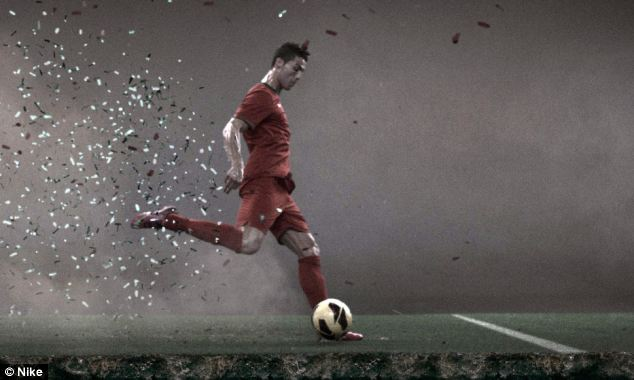 Nike Football: Vapor Trail