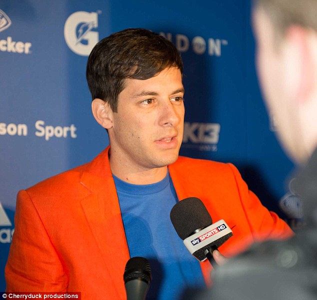 Who knew he was a fan? Mark Ronson flocked to the basketball event in a rather loud blazer