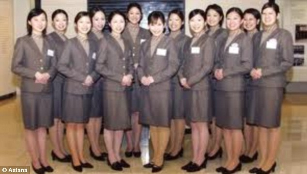 Female Flight Attendants For Korean Airline Want To Ditch