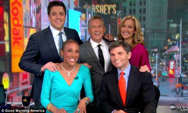 Together again: Roberts introduced the show and grinned alongside her fellow GMA hosts