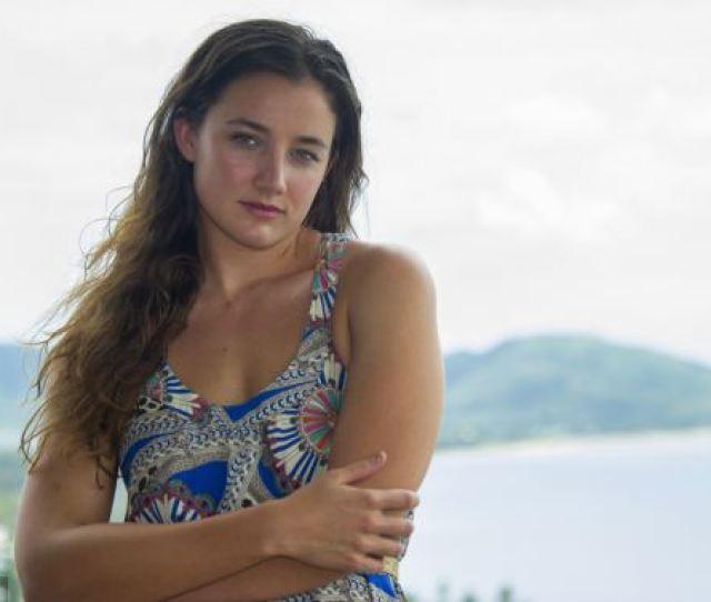 Australian Ebony Buckle Has Been Denied A Uk Visa Because Her British Husband Is Too Poor