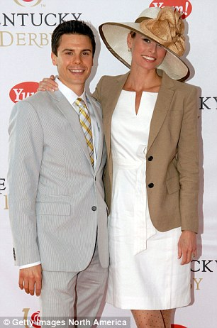 'They helped save my life': Supermodel Niki Taylor finally meets blood donors who gave her a ...