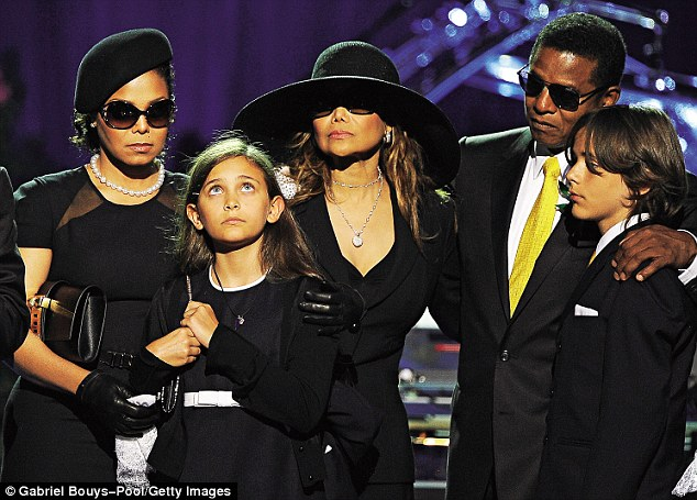The Jacksons - Janet, Paris, LaToya, Jermaine and Prince at the Michael Jackson memorial service