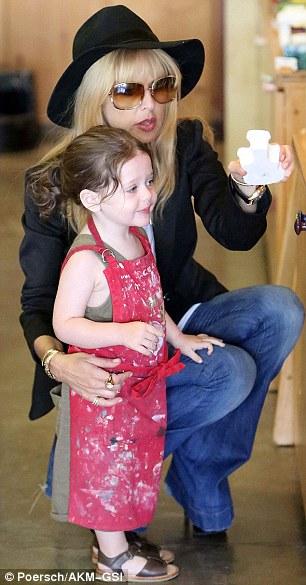 Rachel Zoe Ties Her Son Skylers Hair Back Into A Ponytail