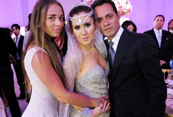 Chloe Green 'dumped by Marc Anthony just weeks after she ...