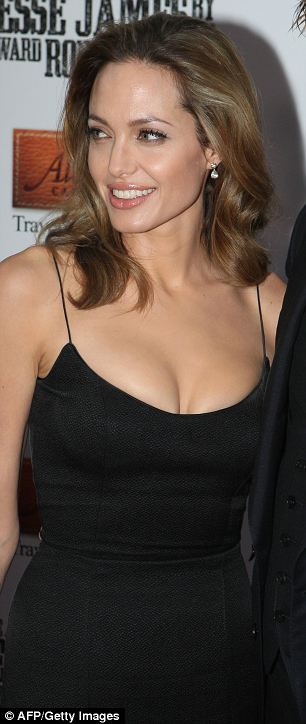 Angelina Jolie arriving for the U.S. premiere of 2007 film The Assassination of Jesse James in New York
