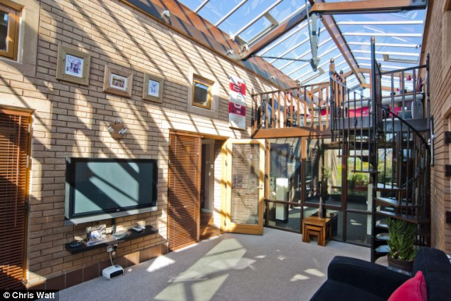 House With A Heart Of Glass A 90s Idea Of The Future On