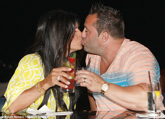Real Housewives Of New Jersey Star Teresa Giudice And