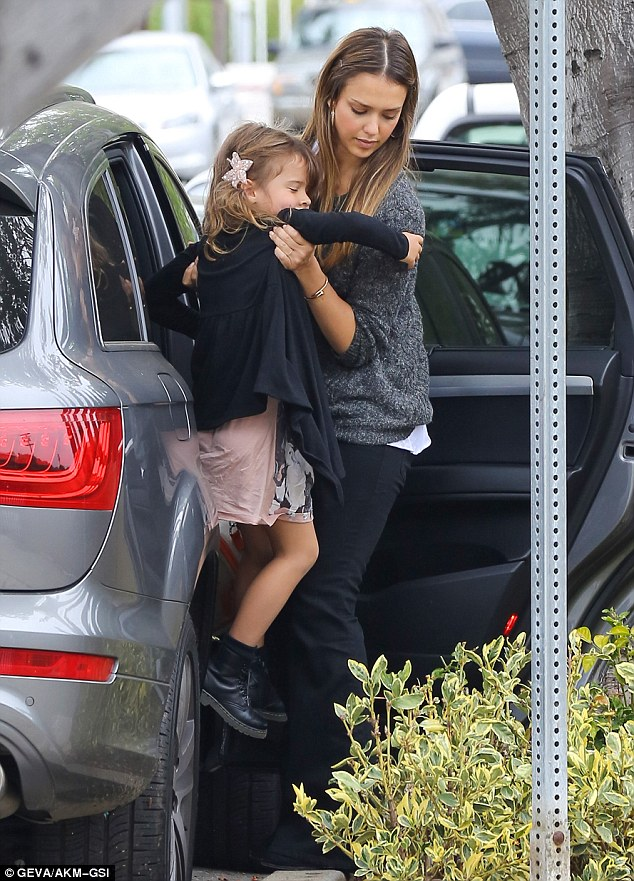 Jessica Albas Daughter Honor Emulates Actresss Style In