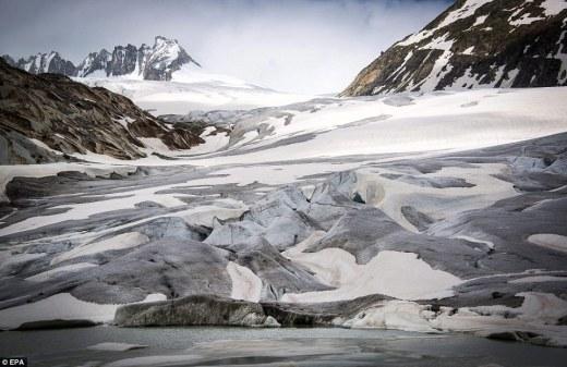El glaciar del Ródano en Suiza