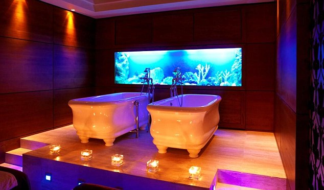 Irish Charmer Cleopatra Baths And Outdoor Hot Tubs In A
