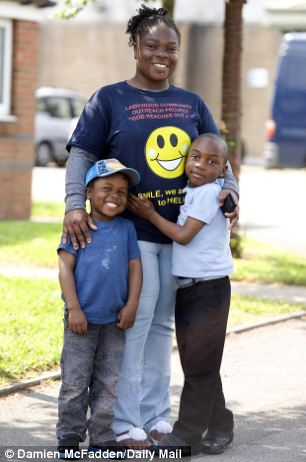 Shelly Brown, 24, and her sons Jamarni, 4, (left) and Tyreke, 6