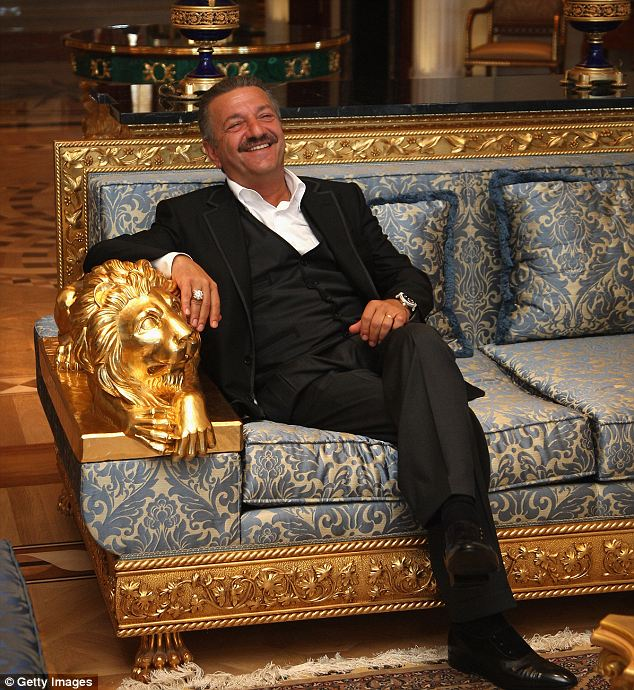 Other instanes: In 2006, Lopez performed for Russian mogul Telman Ismailov, an ostentatious man often accused of corruption and known to be despised by the Russian government