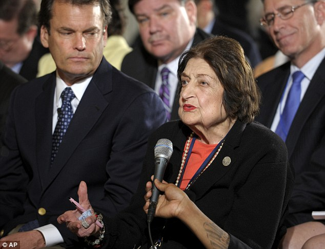 RIP: Helen Thomas covered 10 presidents as the first female member of the White House Press Corps